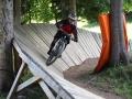 """K1024_7 Spaß auf einem Wall Ride bei der letzten Abfahrt im Bike Park """"Les Houches"""""""